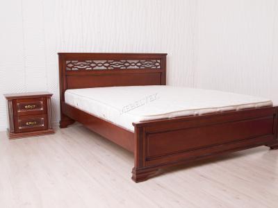 Двуспальная кровать из массива дерева София