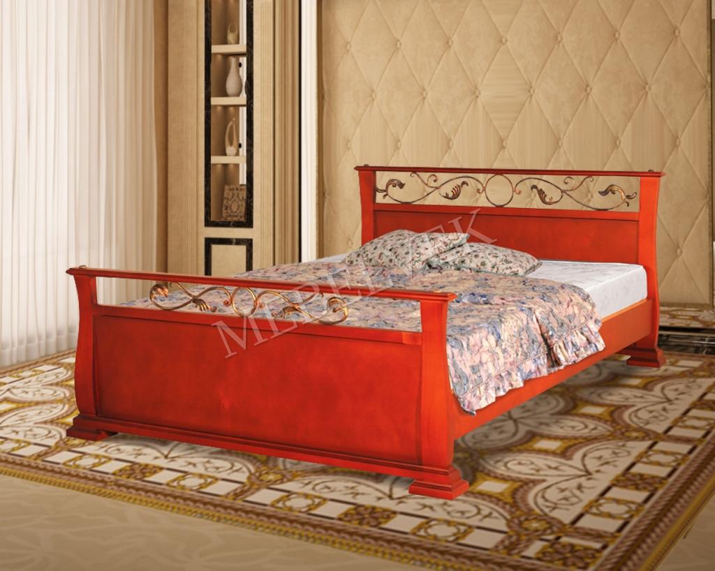Кровать Орион с ковкой из массива дерева