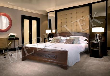 Двуспальная кровать  Италия