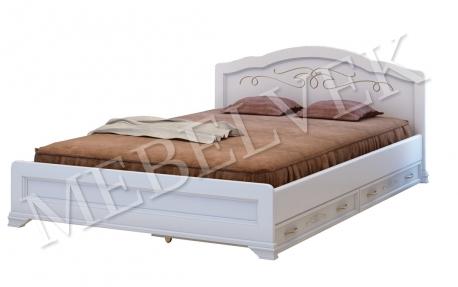 кровать из дерева сосны