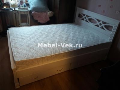 Двуспальная кровать Муза с ящиками цвет Белый