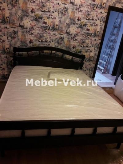 Двуспальная кровать венге 3.