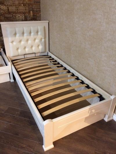 Односпальная кровать Мурсия Цвет белый