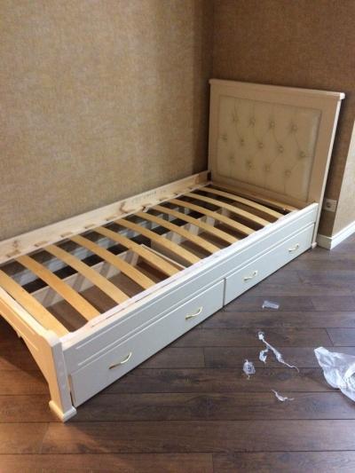 Односпальная кровать Мурсия с ящ цвет белый